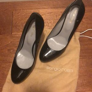 Sergio Rossi Black Pumps!
